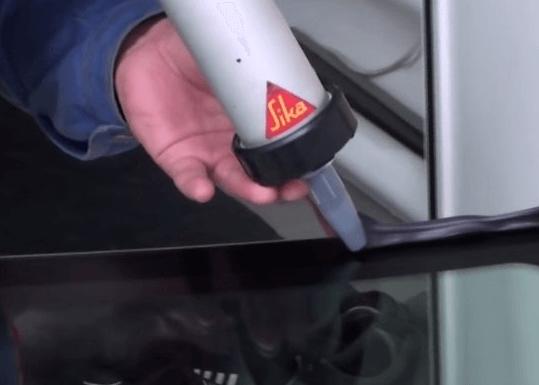 клей для вклейки лобового стекла